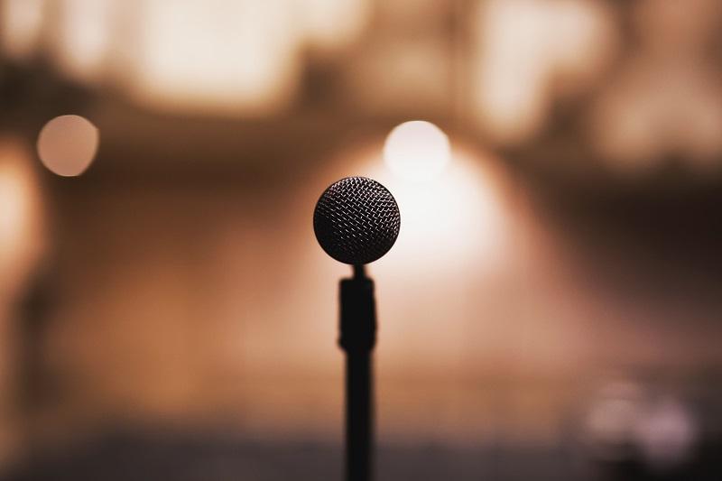 How Public Speaking Sharpens Your Leadership Skills